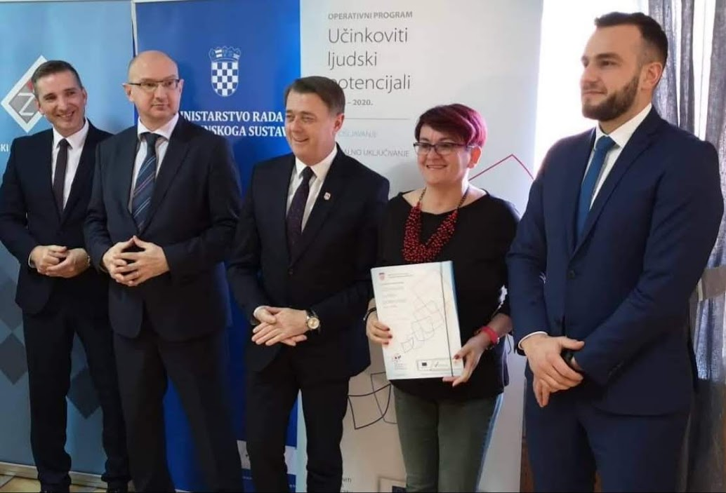 6.2.2020. godine u Belom Manastiru udruga Građanski aktivizam je potpisala ugovor i svečano započela provedbu projekta